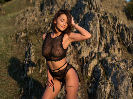 SuperbBianca | Hotgoocams