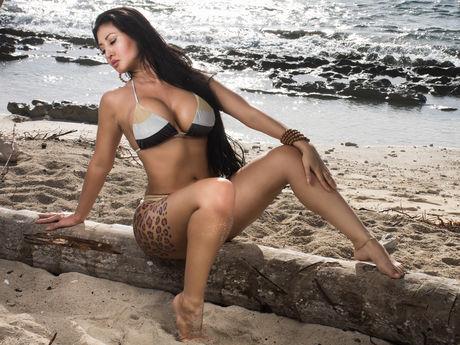 KimVega | Latinawebcams