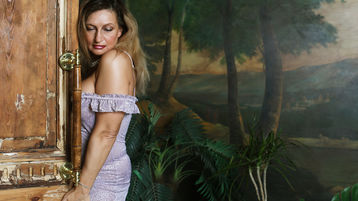 ReginaQuin hot webcam show – Pige på Jasmin