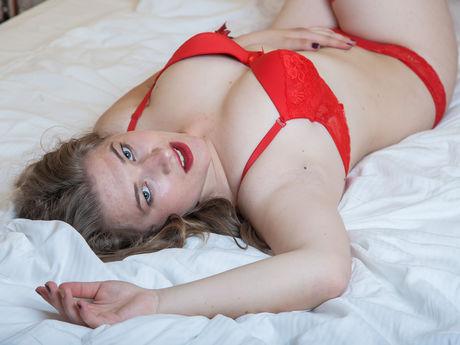 JanetteJames | Hottestgirlslive
