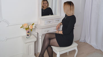 MishelleBlack's hot webcam show – Girl on Jasmin