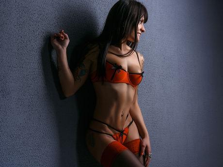 AdriennaLyna