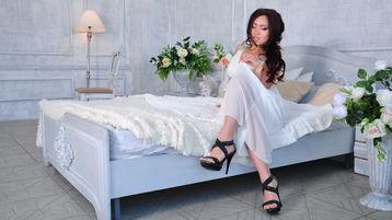 Show-ul fierbinte al lui MonicaCollins – Fata pe Jasmin