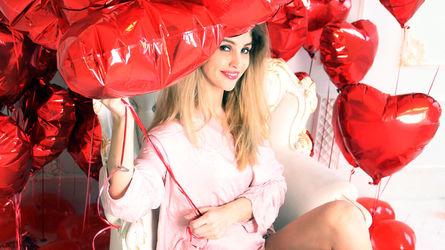 ChristinaDollx | Camelite