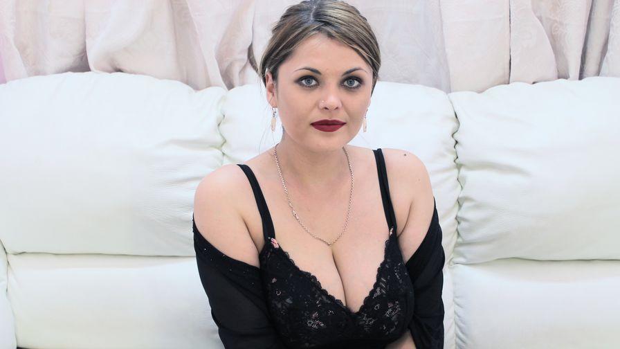 VaneseaQuin | Livelady