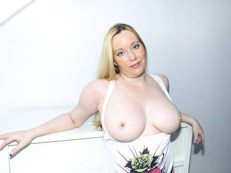 LadyIsabelle | Onlinedatingcams