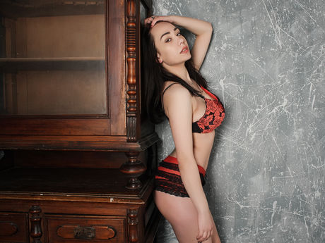 AliceSexBomb | Hellocamgirl