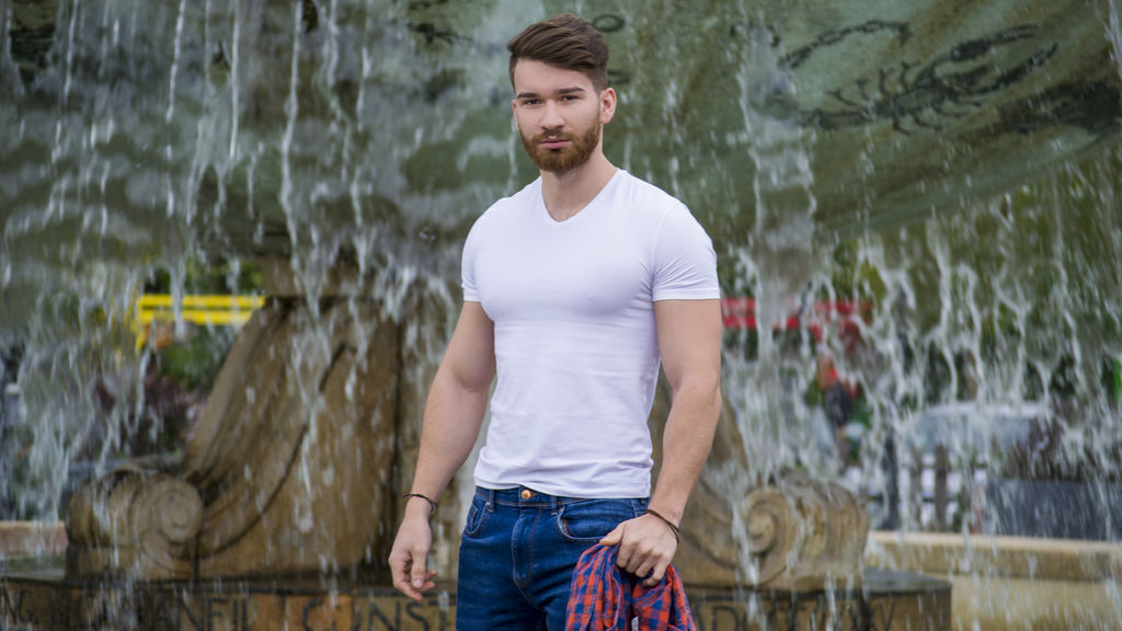 Live Gay Webcam Chat with Hot Young Muscle Stud - DamonVeins