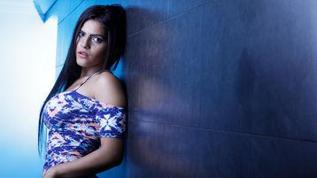 Show-ul fierbinte al lui NicoleAlfson – Fata pe Jasmin