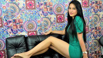 Show-ul fierbinte al lui mgomez – Fata pe Jasmin