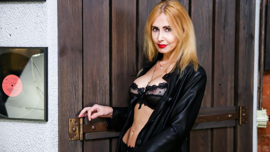 BlondySexyLadi | Redzonecams
