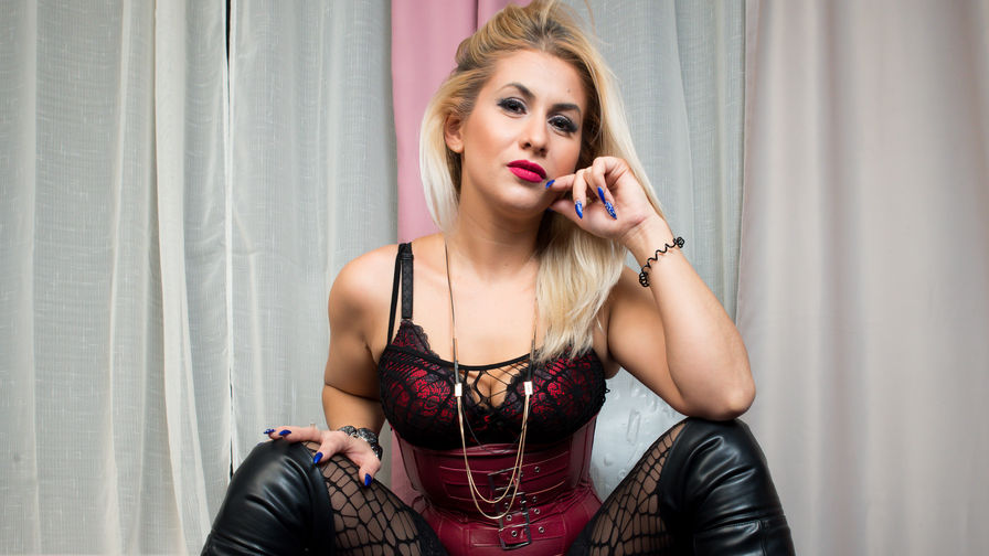 sylvysensual's profile picture – Mature Woman on LiveJasmin