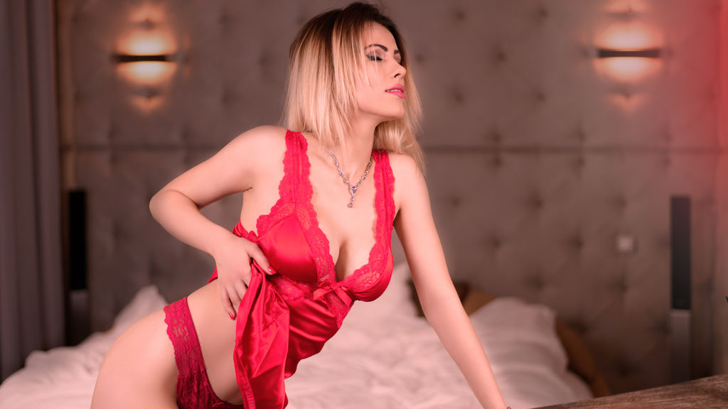 GabriellaShine's hot webcam show – Girl on LiveJasmin