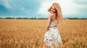 AmelyaFit's hot webcam show – Girl on LiveJasmin