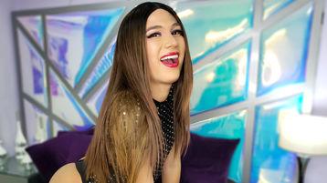Show-ul fierbinte al lui MarianaGil – Fata pe Jasmin
