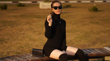 ChikaBeauty's hot webcam show – Girl on Jasmin