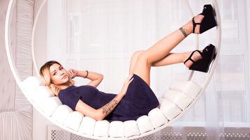 KiraLucks hot webcam show – Pige på Jasmin