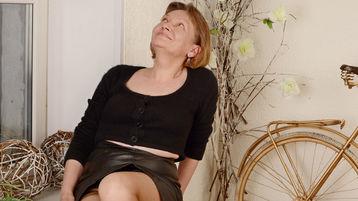 ParisBeam's hot webcam show – Mature Woman on Jasmin