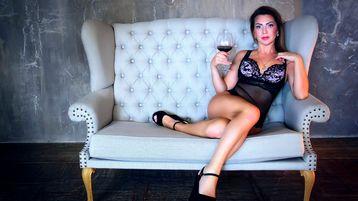 Show fierbinte la webcam DaisyShawn  – Fata pe Jasmin