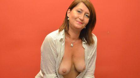 LysaDesire的个人照片 – LiveJasmin上的资深熟女