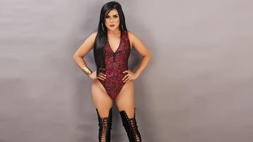 XHugeCockMARTINA žhavá webcam show – transsexuálové na Jasmin