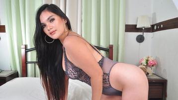 горячее шоу перед веб камерой AlluringYUNA – Девушки на Jasmin