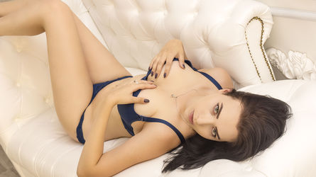 xLORRIx's profile picture – Girl on LiveJasmin