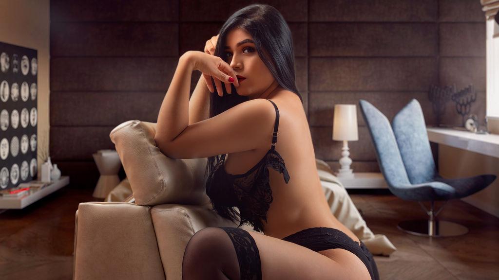 AvaDashian szexi webkamerás show-ja – Lány a LiveJasmin oldalon