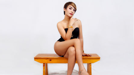 OnTheTopLuccy's profile picture – Transgender on LiveJasmin