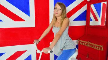 Show quente na webcam de CherryBlond – Meninas em Jasmin
