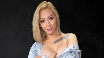 ToLoveYouMore's hete webcam show – Transgendered op Jasmin
