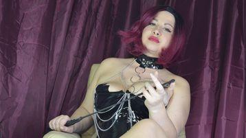 Show fierbinte la webcam VanilaNoir  – Fetis pe Jasmin