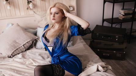 RebeccaBlondie