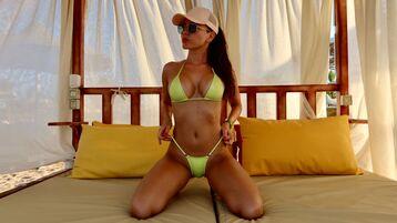 Show fierbinte la webcam rebekaforyou  – Fata pe Jasmin