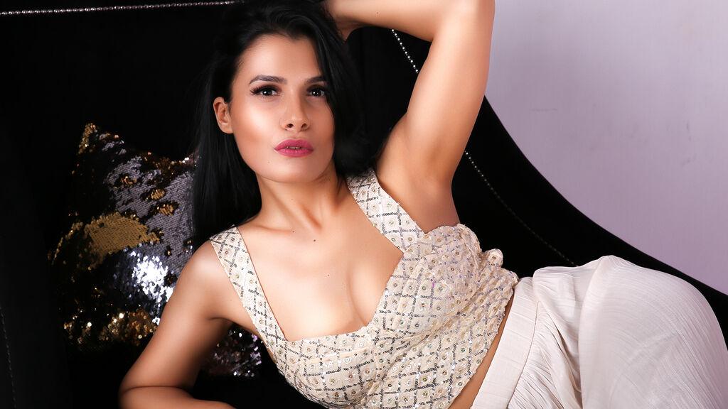 EmmaAtkins's hot webcam show – Hot Flirt on LiveJasmin