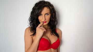 Show di sesso su webcam con BrunettEmma – Donna su Jasmin