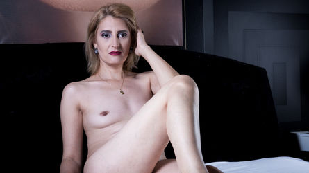 AriellaFoxx's profile picture – Girl on LiveJasmin