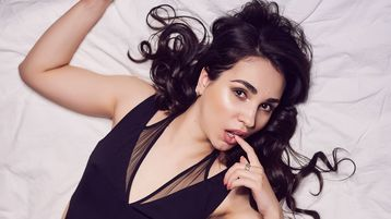 Show fierbinte la webcam AngelicaRise  – Fata pe Jasmin