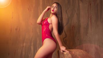 Show fierbinte la webcam HanneKroes  – Fata pe Jasmin