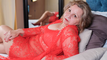 SpeciallLady のホットなウェブカムショー – Jasminの熟女
