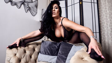 Show di sesso su webcam con PamelaFlowers – Donna su Jasmin