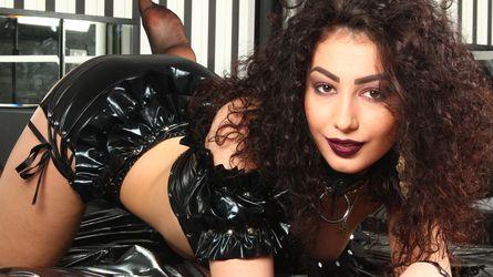 BrilliantKirra profilový obrázok – uniformy ženy na LiveJasmin