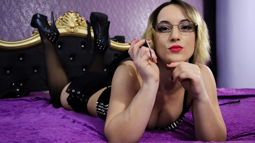 MistressKali's profile picture – Mature Woman on LiveJasmin