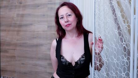 1FlirtMadamm's profile picture – Mature Woman on LiveJasmin