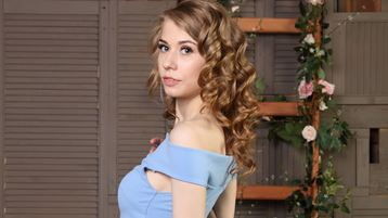 JennyGoldy sexy webcam show – Dievča na Jasmin