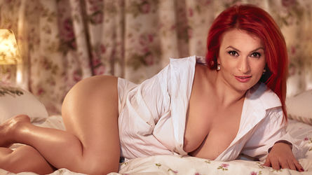 00KarlaGinger00's profile picture – Mature Woman on LiveJasmin