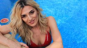 MissNikolee`s heta webcam show – Flickor på Jasmin