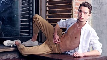 LucasClaud's hot webcam show – Boy for Girl on Jasmin