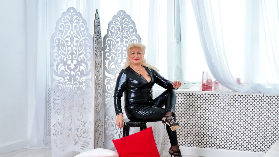 GrannyNeeeds's profile picture – Mature Woman on LiveJasmin