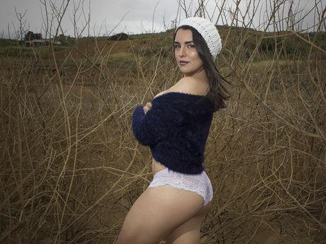 AngelinaBrow